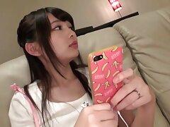Plump asiático japonés Mori le encanta cojiendo a mi prima casero chupar y follar