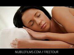 Dos esclavas ver videos caseros cojiendo en el dolor brutal de la esclavitud pervertida
